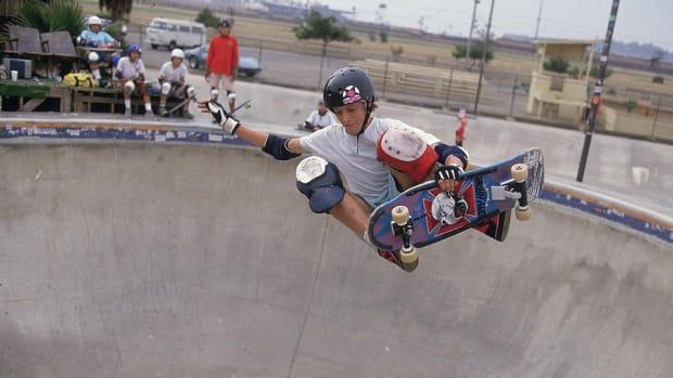1986-tony-hawk-001307151-960.jpg