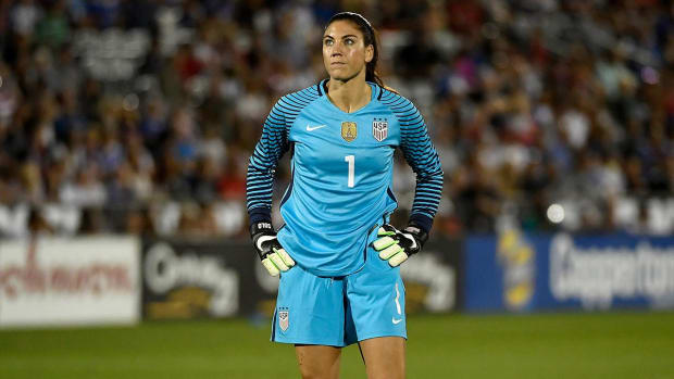Hope Solo booed with chants of 'Zika' at Olympics -- IMAGE
