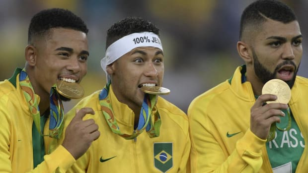 Brazil wins first Olympic gold medal in PKs; Neymar clinches win--IMAGE