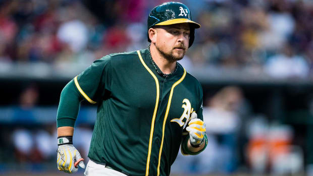 Reports: Yankees sign ex-A's DH Billy Butler IMAGE