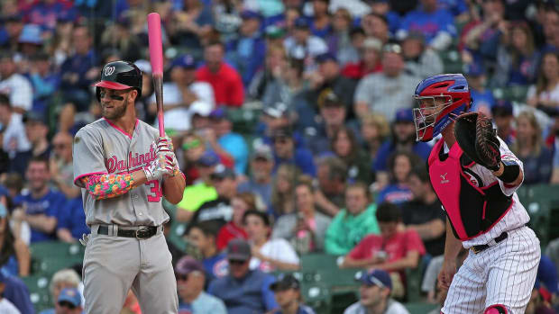 Nationals' Bryce Harper makes history in loss to Cubs -- IMAGE
