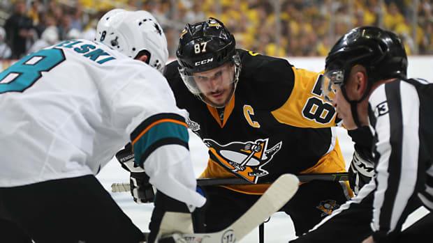 Crosby-Sandford-faceoff.jpg