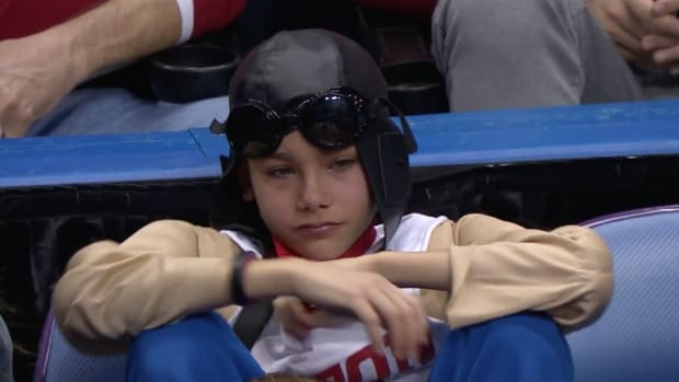 Watch: Dayton has reduced this young fan to tears