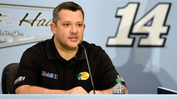 tony-stewart-return-injury-richmond.jpg