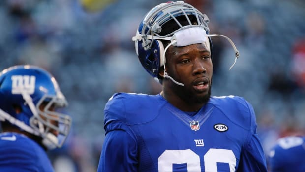 Jason Pierre-Paul sues ESPN, Schefter for leaking medical records -- IMAGE