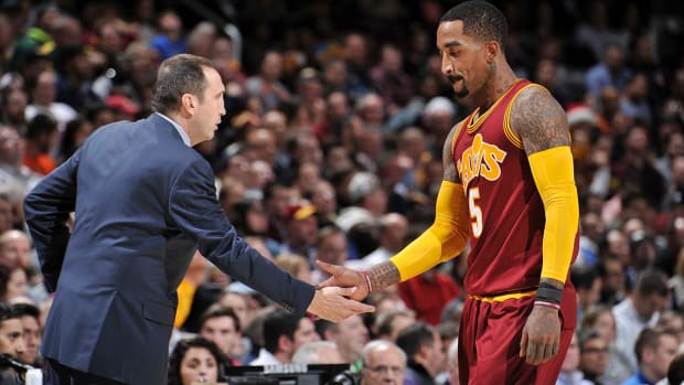 J.R. Smith on David Blatt's firing: Somebody will give him a shot--IMAGE