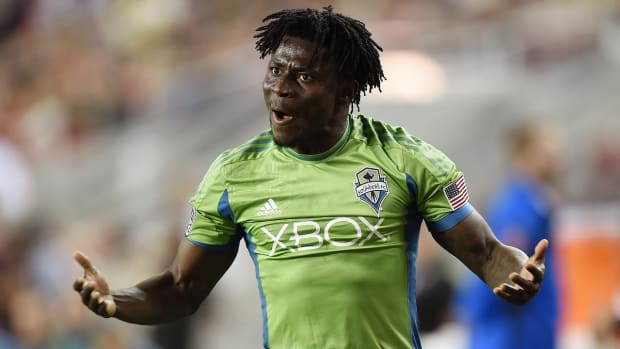 Report: Obafemi Martins leaves Seattle Sounders for Chinese club -- IMAGE