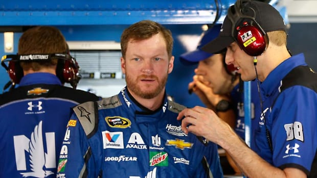 Dale-Earnhardt-Jr-Lawdermilk.jpg