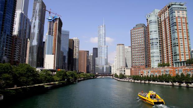 chicago-river-blue-world-series.jpg