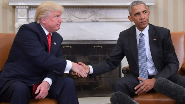 donald-trump-barack-obama-2016-election-politics-sports.jpg