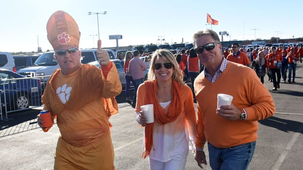 clemson-alabama-national-championship-game-fan-outfits.jpg