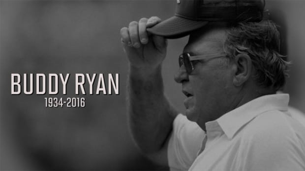 Former NFL coach, defensive coordinator Buddy Ryan dies at 82 - IMAGE