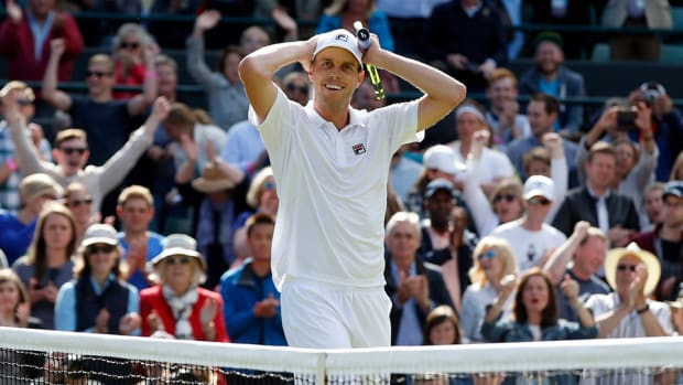 sam-querrrey-wins-djokovic-lead.jpg