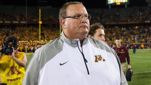 Petition calls for firing of Minnesota coach Tracy Claeys IMAGE
