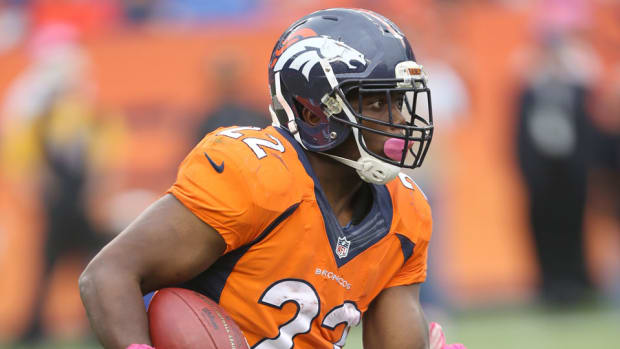 cj-anderson-miami-dolphins-offer-sheet-broncos.jpg