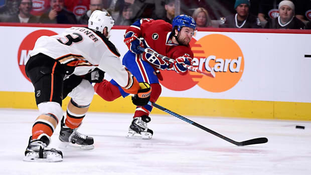 Ducks-Canadiens-Richard-Wolowicz.jpg