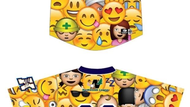 emoji-jersey-kalamazoo-growlers.jpg