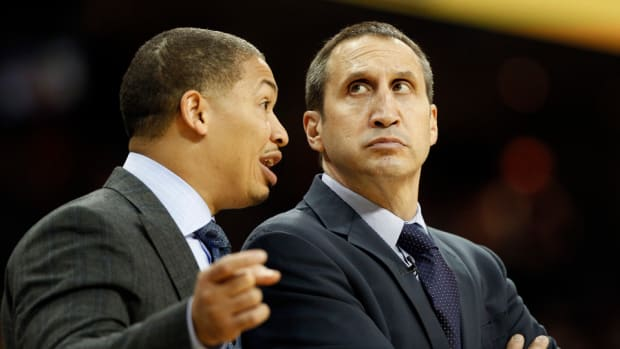 tyronn-lue-david-blatt-all-star-game.jpg