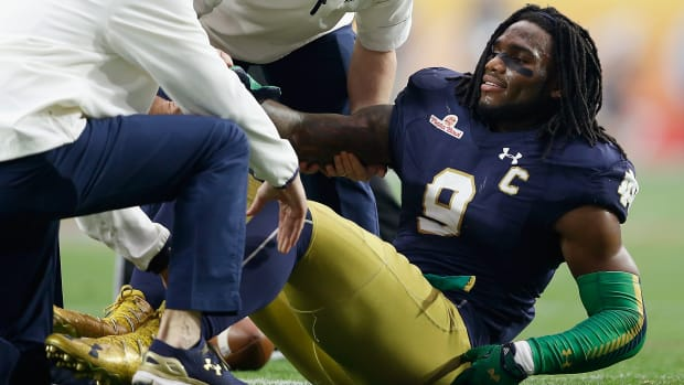 jaylon-smith-nfl-draft-out-for-2016.jpg