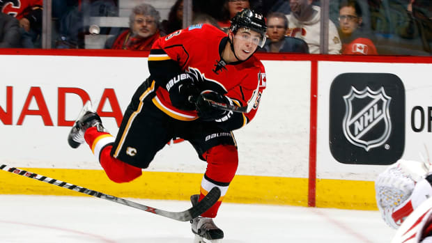 johnny-gaudreau-flames-advanced-stats-1300.jpg