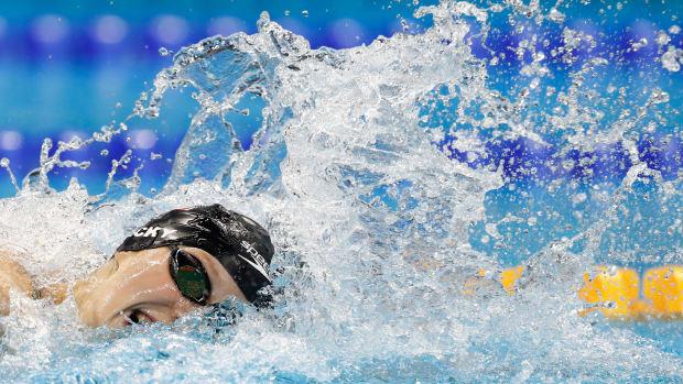 katie-ledecky-freestyle-relay-gold.jpg