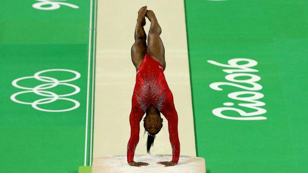 simone-biles-rio-olympics-vault-champion.jpg