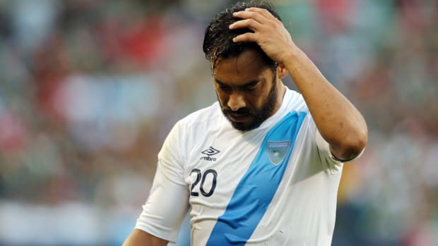 carlos-ruiz-guatemala-usmnt-world-cup-qualifier.jpg