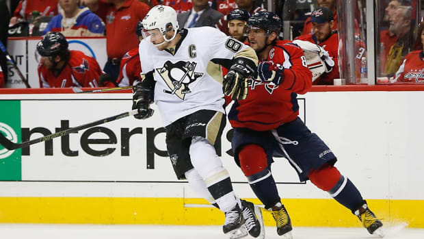 Crosby-Ovechkin-Pablo-Martinez-Monsivals-AP.jpg