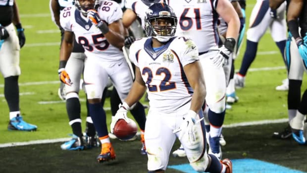 Report: Dolphins sign RFA C.J. Anderson to four-year offer sheet--IMAGE