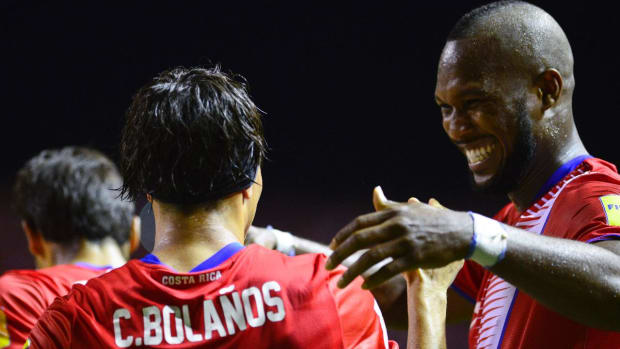 Costa Rica thrashes USA in World Cup qualifier - IMAGE