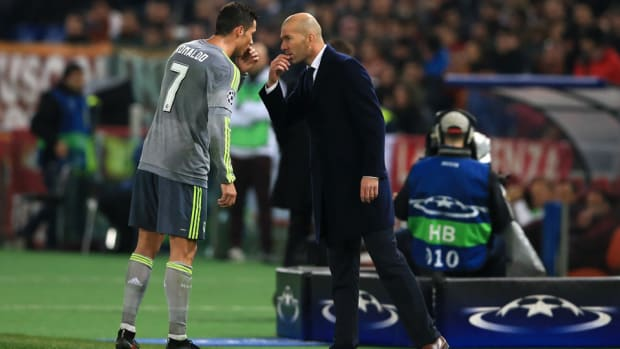 ronaldo-zidane-real-madrid-teammates.jpg