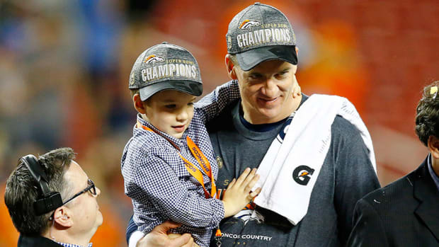 peyton-manning-super-bowl-interview-kids.jpg