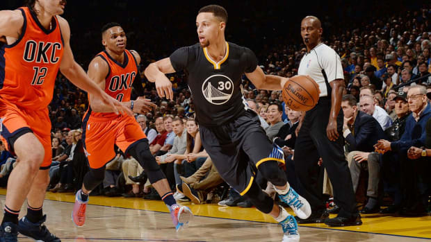 Warriors match best 50-game start in NBA history - IMAGE