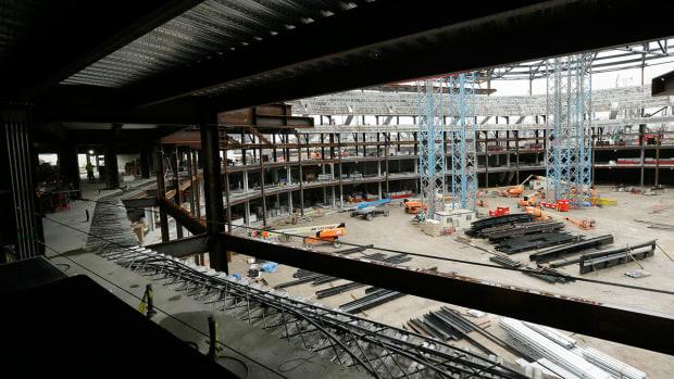 little-caesars-arena-detroit-red-wings-construction.jpg