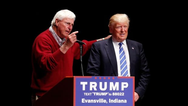 Donald Trump misspells Bobby Knight's name - IMAGE