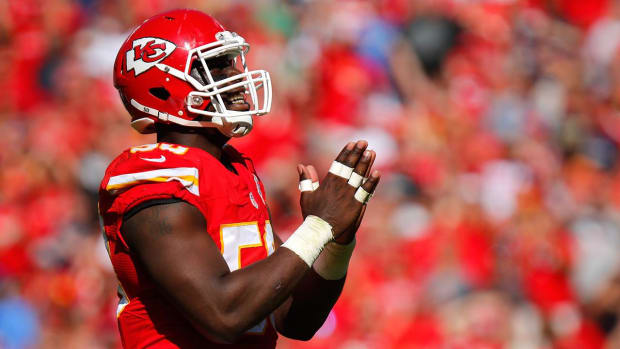 Chiefs OLB Justin Houston could miss 2016 season IMAGE