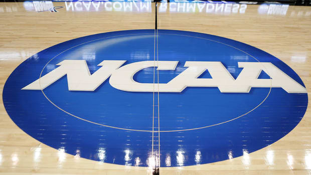 media-circus-march-madness-tv-guide-announcers-ncaa-tournament-960.jpg