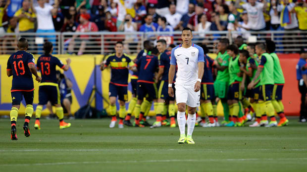 usa-falls-copa-america-opener-colombia-bobby-wood-pick-box.jpg