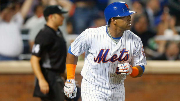 Mets OF Yoenis Cespedes says he won't opt out of contract IMAGE