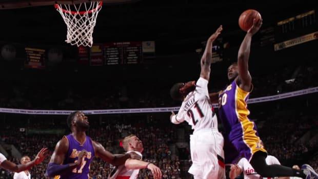 Kobe Bryant rips Lakers after sixth straight loss - IMAGE