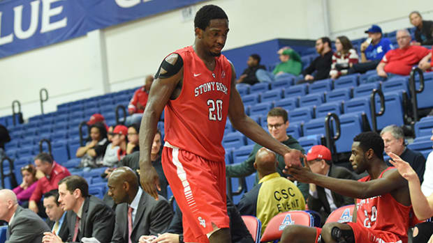 jameel-warney-630-stony-brook-preview.jpg