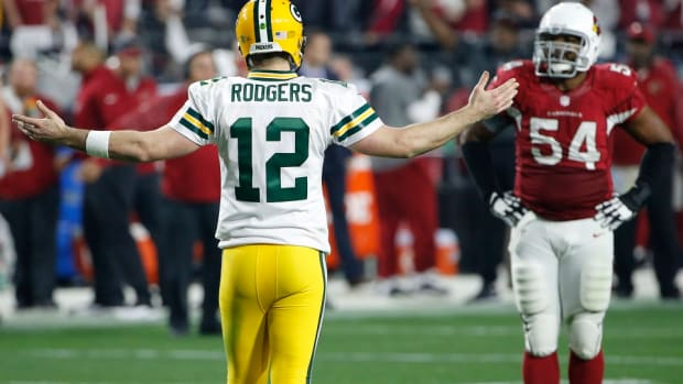 green-bay-packers-aaron-rodgers-coin-toss.jpg