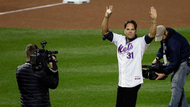 new-york-mets-mike-piazza-upset-auction-jersey-september-11.jpg