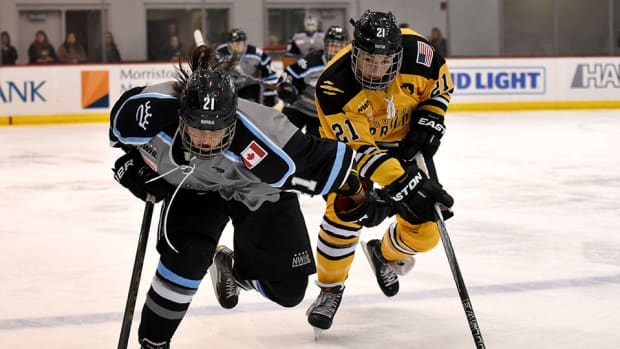 hilary-knight-pride-beat-beauts-game-1-isobel-cup.jpg