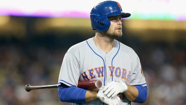 Lucas Duda out with stress fracture in back - IMAGE