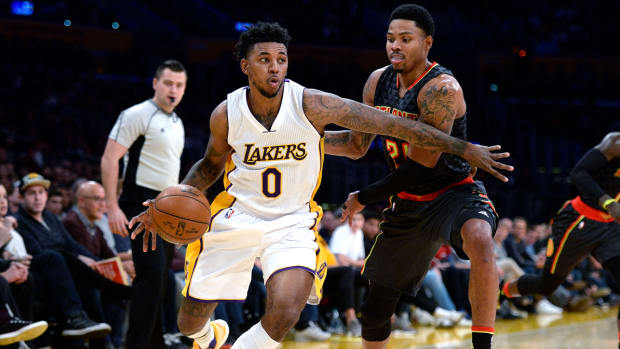 nick-young-lakers-injury.jpg