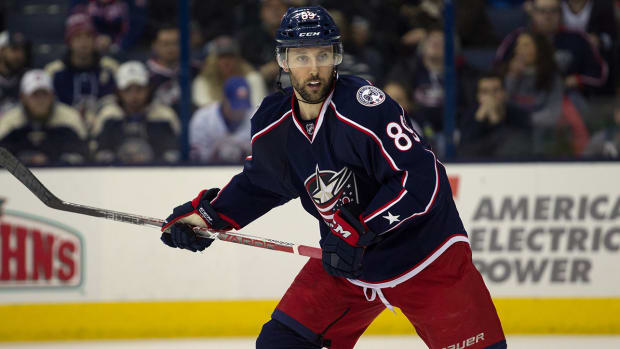 sam-gagner-blue-jackets-nhl-1300.jpg