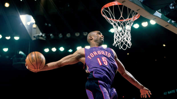 vince-carter-tracy-mcgrady-dunk-contest.jpg