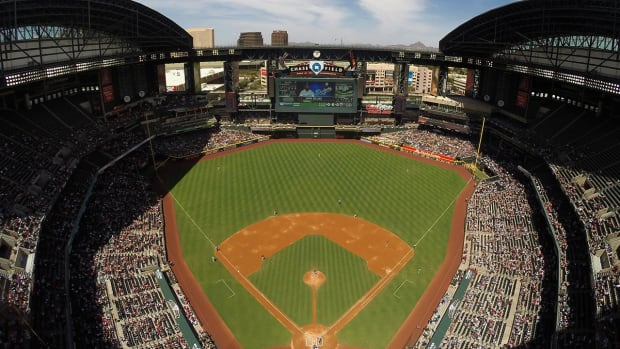 Diamondbacks could leave Phoenix if stadium isn't improved--IMAGE