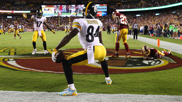 excessive-celebration-penalty-nfl-referees-flags-antonio-brown.jpg